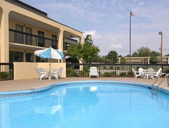 Photo of Days Inn Greenville MS