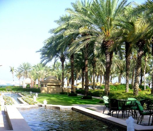 Residence&Spa at One&Only Royal Mirage Dubai: Outdoor breakfast area