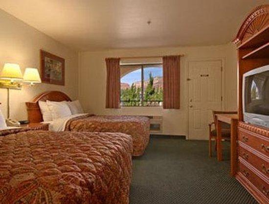 Days Inn Sedona : Standard Two Double Bed Room