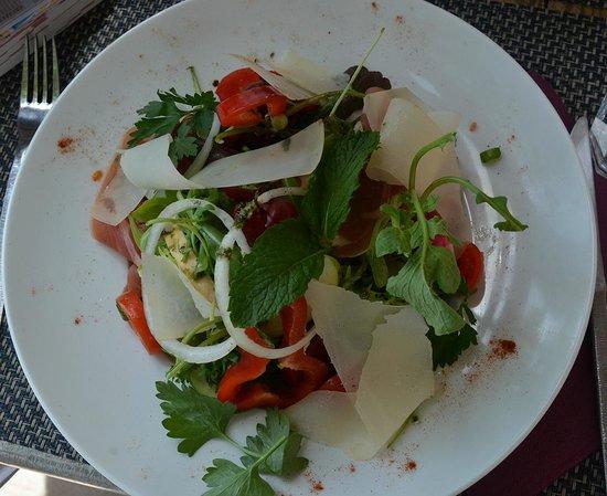 Loulou la malice: Salade selon l'envie et l'humeur du chef
