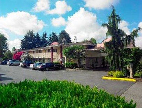 Days Inn Seattle South: Exterior View