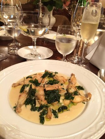 Heising: Fried frog legs with champagne sauce