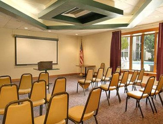 Days Inn Myrtle Beach: Meeting Room