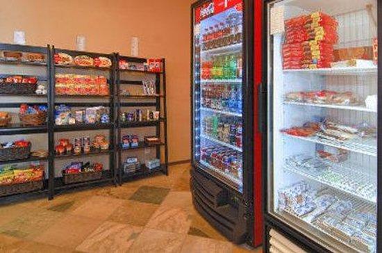 Days Inn Sonora Devils River: Store
