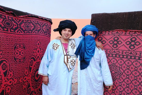 Merzouga Dunes Luxury Camps : Hassan and Muhamed