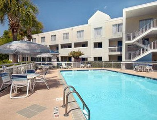 Days Inn Hilton Head : Pool