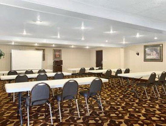 Days Inn Joplin: Meeting Room