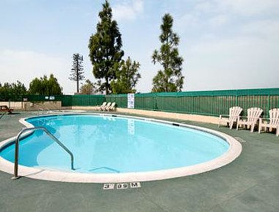 Days Inn San Bernardino-University Parkway