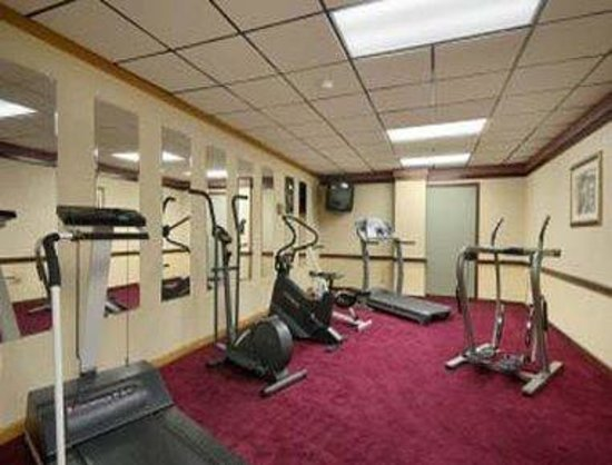 Days Inn Pittsburgh: Workout Room