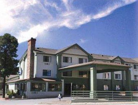 Days Inn & Suites East Flagstaff : Welcome to the Days Inn And Suites Flagstaff East