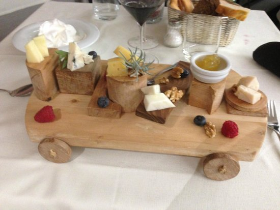 BEST WESTERN Hotel La' Di Moret: The Cheese Trolley