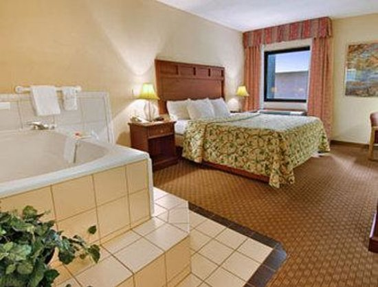 Hotels With Jacuzzi In Room Indianapolis Indiana
