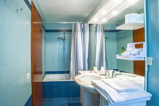 Agriturismo Cavendo Tutus: Bagno / Bathroom 1