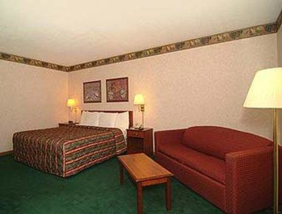 Days Inn Hillsboro: Suite
