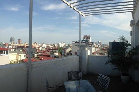 Hanoi Legacy Hotel - Bat Su: Terrace