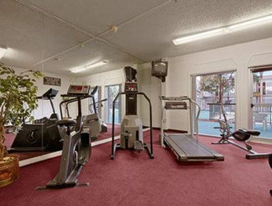 Days Inn Ogden: Fitness Center
