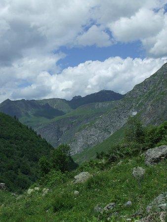 CGH Résidences & Spas Les Alpages de Champagny : Vue Champagny le haut
