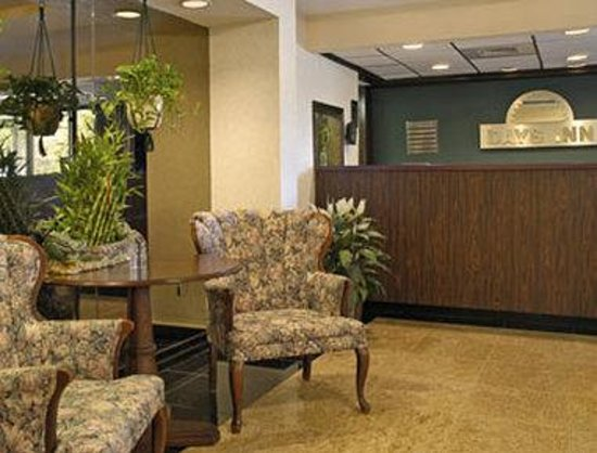 Days Inn Bridgewater Conference Center Somerville Area: Lobby
