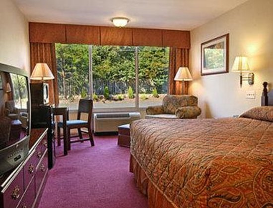 Days Inn Bridgewater Conference Center Somerville Area: Standard King Bed Room