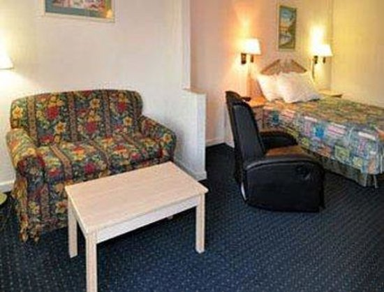 Days Inn Panama City/Callaway: Suite