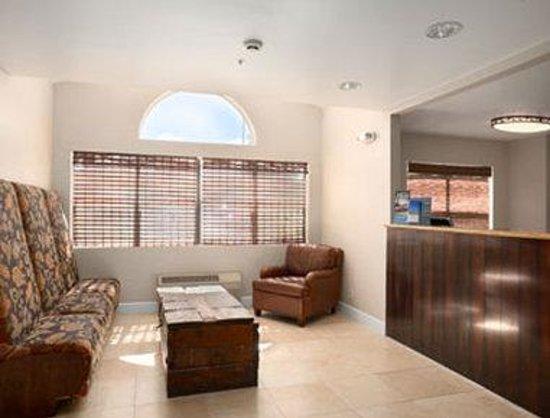 Days Inn & Suites Camp Verde Arizona: Lobby