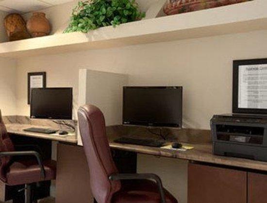 Days Inn & Suites Camp Verde Arizona: Business Center