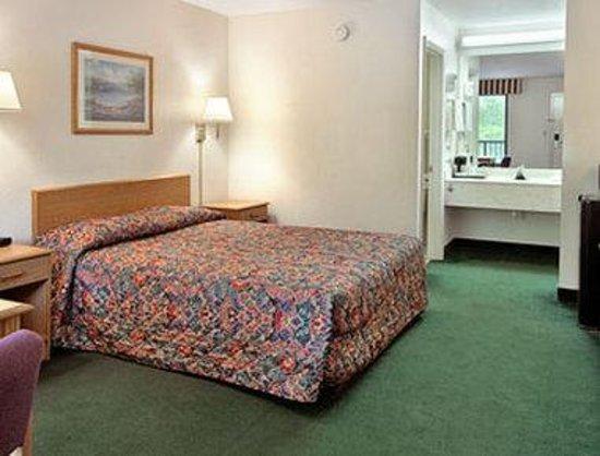 Days Inn Lake City I-10 : Standard Queen Bed Room