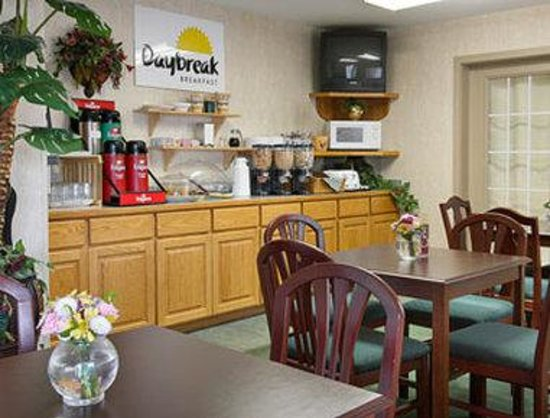 days inn port orchard updated 2018 prices reviews. Black Bedroom Furniture Sets. Home Design Ideas