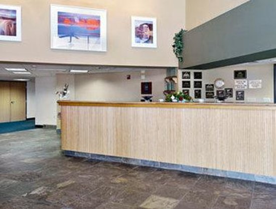 Days Inn & Suites Page Lake Powell : Lobby