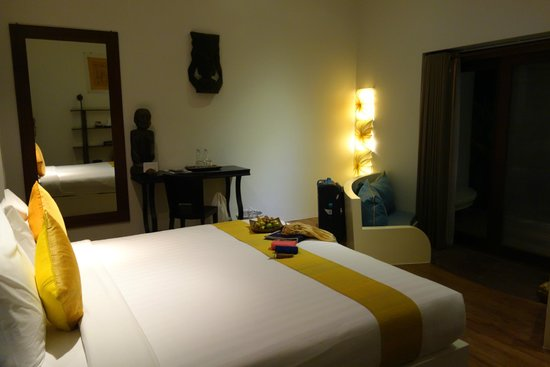 Navutu Dreams Resort & Wellness Retreat: living-sitting area