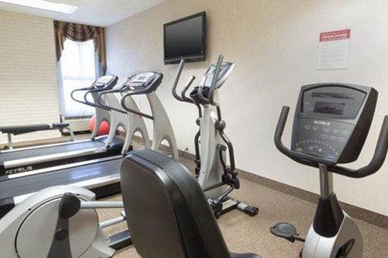 Drury Inn & Suites Birmingham SE: Fitness Center