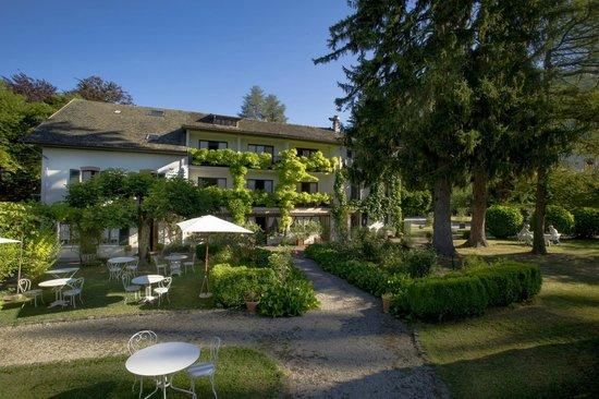 Hotel Beau Sejour: Petit déjeuner au jardin.