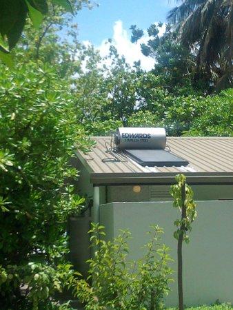 Sun Island Resort : Солнечный водонагреватель