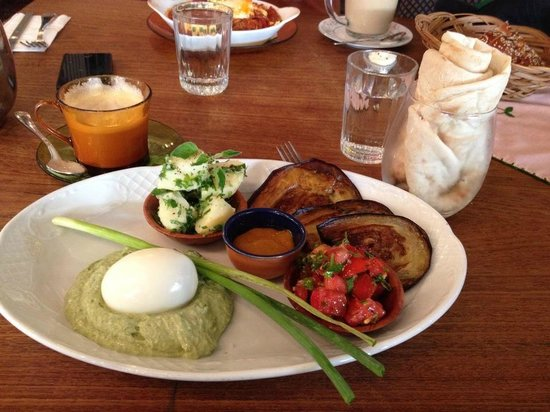 Puaa : Sabich Breakfast