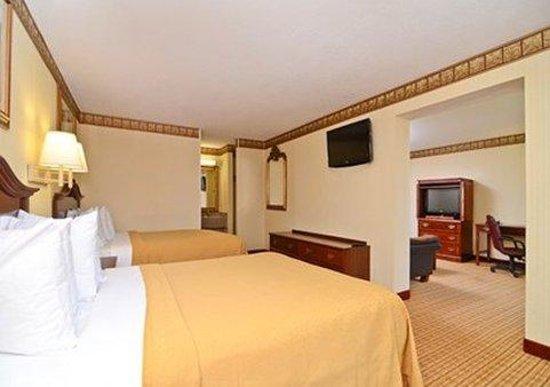 Quality Inn & Suites: Dbl Queen suite
