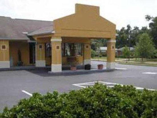 Americas Best Value Inn Shelby : Exterior
