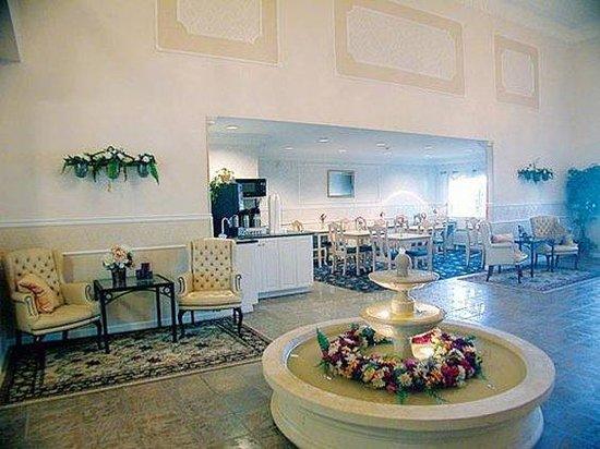 The Aberdeen Hotel: Aberdeen Lobby
