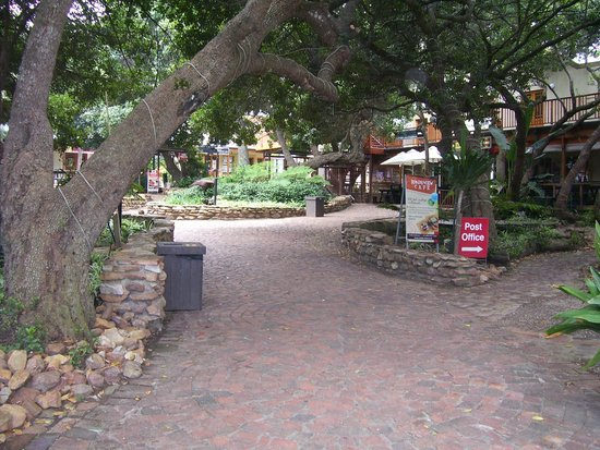 Cinnamon Boutique Guest House: Pedestrian area of Wilderness