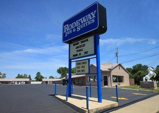 Photo of Rodeway Inn & Suites Niagara Falls