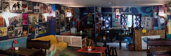 Neverland Hostel : Cafe @ Entrance
