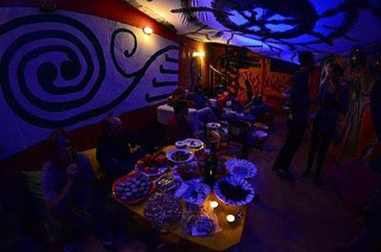 Neverland Hostel: Lounge
