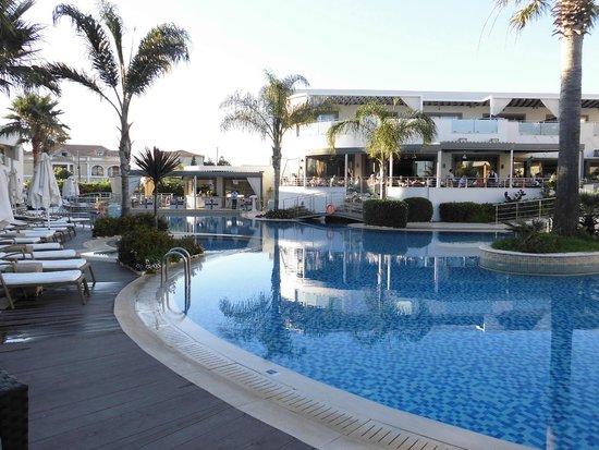 The Lesante Luxury Hotel & Spa : Piscine
