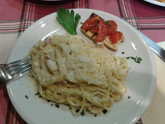 Al Vaporetto: спагетти карбонара