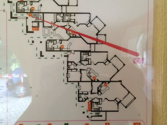 Four Seasons Vilamoura: Fire escape plan gives idea of room layouts