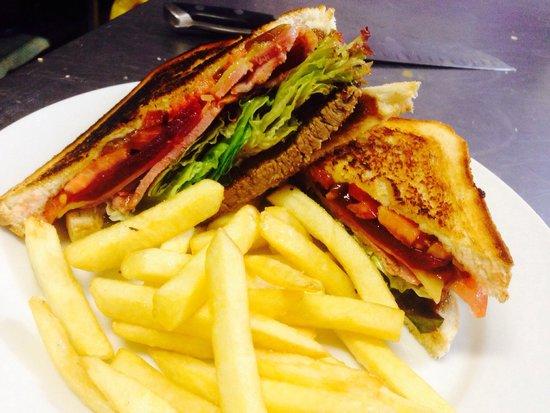 Cafe Tahbella: Steak sandwich