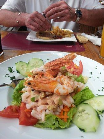 Old Navy Restaurant and Bar: Shrimp salad!