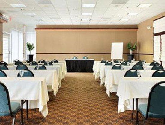 Baymont Inn & Suites Celebration: Meeting Room