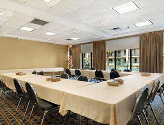 Days Inn Jennings: Meeting Room