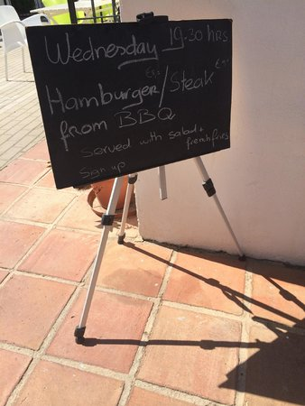 Banus Lodge : Weekly BBQ