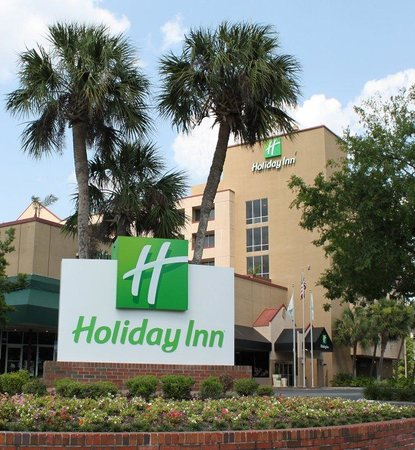 Holiday Inn Gainesville University Center : Hotel Exterior